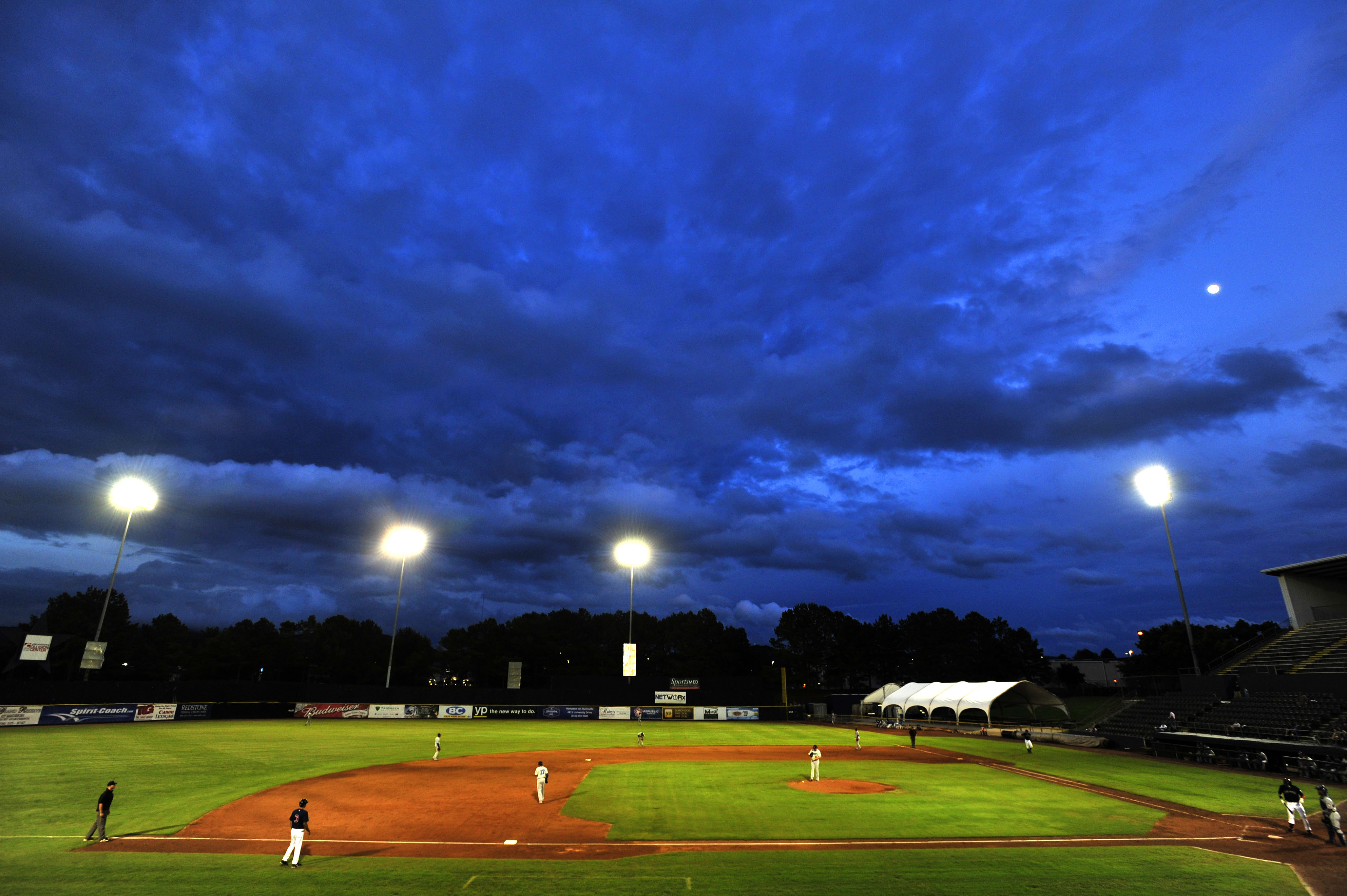 Chattanooga Lookouts play the Huntsville Stars Baseball
